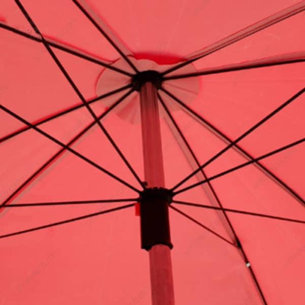 ร่มสนาม สีแดง